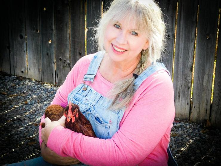 Teri & Evie the chicken